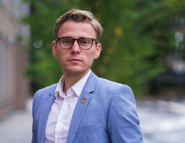 Et forbud mot å selge elsparkesykler som går over 20 km/t må komme på plass sporenstreks, mener Henrik Sunde, kommunikasjonsrådgiver i Ung i Trafikken.,