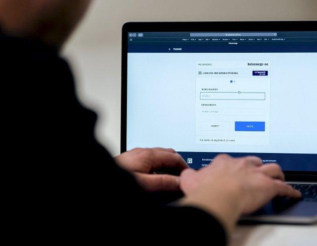 Stadig mer digitalisering fører til et nytt klasseskille, mellom de som har digital kompetanse og de som ikke har det. For mange er det blitt spesielt merkbart i pandemien. FOTO: NTB