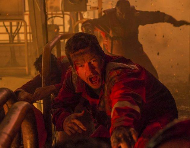 Mark Wahlberg spiller hovedrollen som sjefelektriker Mike Williams i actionfilmen om den største oljekatastrofen i USAs historie.foto: filmweb