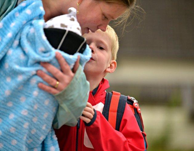 SPENT: Amelian Treffers skal begynne i førsteklasse på Lampeland skole og er veldig spent.