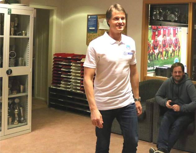 PÅ VEI INN: Mika Lehkosuo ble annonsert som ny KIL-trener på Gjemselund onsdag.
