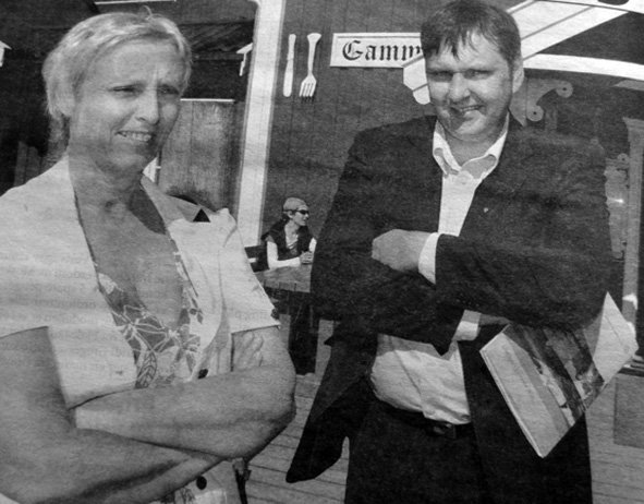 Spørsmålet om verdensarv så også ut til å bli et ja eller nei til olje for Randi Gregersen, stedsfortredende rådmann i Flakstad og ordfører i Vestvågøy Jonny Finnstad.