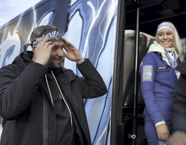 RUSMIDLER: – NRK-serien «Rus» kan bli et godt bidrag til voksenopplæringen, skriver Kari Lossius, som selv deltar i programmet til Leo Ajkic (bildet).