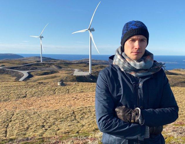 Kanskje Ronny Wilhelmsen kan opplyse oss om sitt arbeid opp mot egne gode Ap-partikamerater med tanke på Fosen og Øyfjellet? Eller kanskje Høyres sametingsgruppe kan bryte vindkraft-stillheten sin? Hvorfor er det så stille, spør Runar Myrnes Balto.