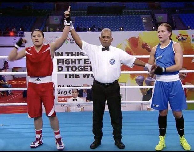 Tøff start: Det ble tap for en taiwansk bokser i Madeleine Angelsens VM-debut.