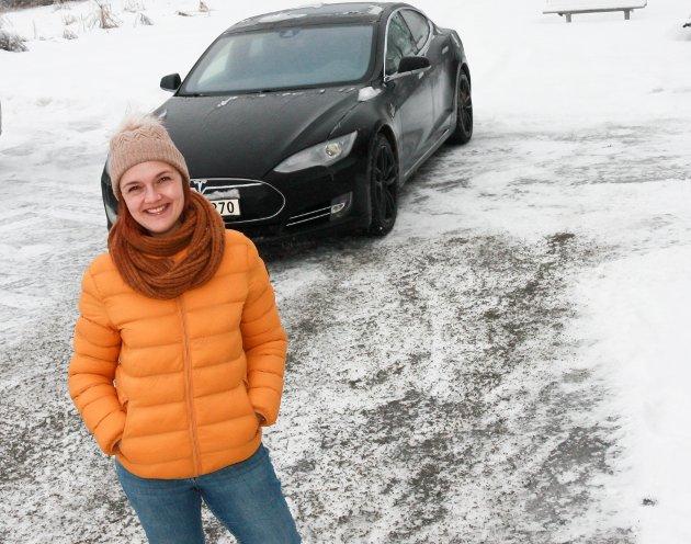 SKRÅBLIKK: Stine Merethe Sparby forteller om da strømmen gikk på Grua.