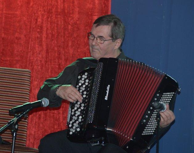 Kjell Harald Langhaug, en av Norges beste trekkspillere. I tillegg til å være en fantastisk musiker, hadde han mange gode historier på lur.