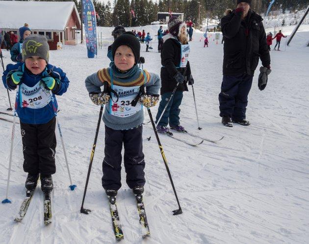 FLERE RUNDER: Haakon Nathanale Grønvold og Herman Dahl Hugøy nøyer seg ikke med å ha gått Bamseløypa, men stiller til start flere ganger.