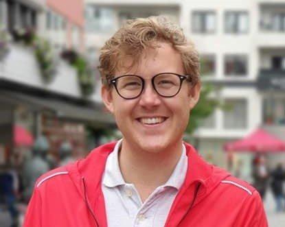 Arbeiderpartiet kjemper for Risør og vil opprettholde ett godt tilbud til elevene som bor i flankene av Agder, skriver Fredrik Jensen Fraksjonsleder for Arbeiderpartiet i Hovedutvalg for Utdanning og Kompetanse.