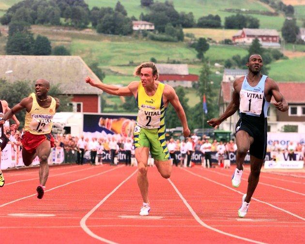 Linford Christie, Geir Moen og Fernando Ramirez fra et elitestevne i Byrkjelo i 1997.