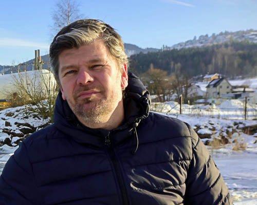 UTFORDRER AP I KLIMASAKEN: Ståle Sørensen, gruppeleder i Miljøpartiet De Grønne i Drammen, går hardt ut mot Aps Mathias Dannevigs bruk av fakta i klimadebatten, og ber Ap rydde opp.