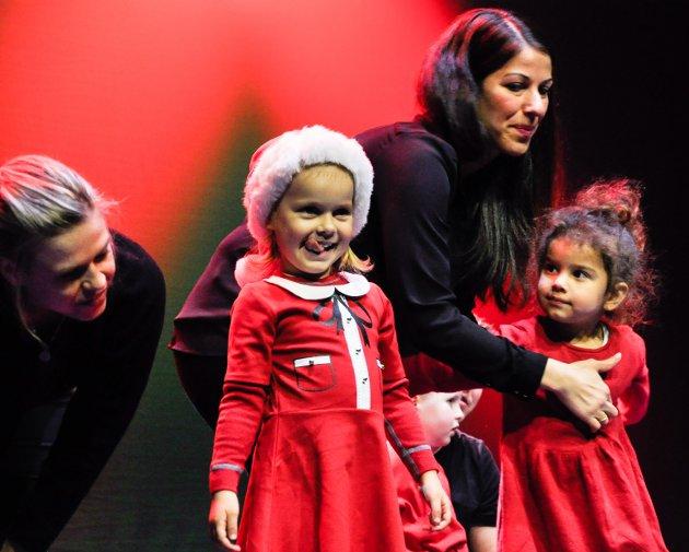 Søndag ettermiddag hadde turngruppa i Sandefjord Turn & Idrettsforening sitt årlige juleshow i Hjertnes.