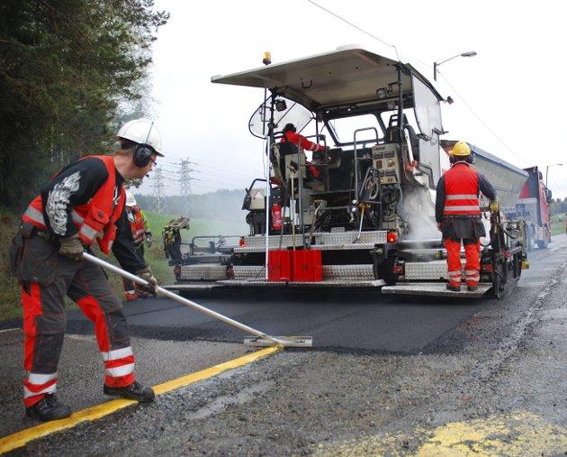 Sesong: I løpet av de neste fem månedene skal Statens vegvesen legge 780 km med ny asfalt i Region øst, skriver regionveisjef Per Morten Lund i denne kronikken.
