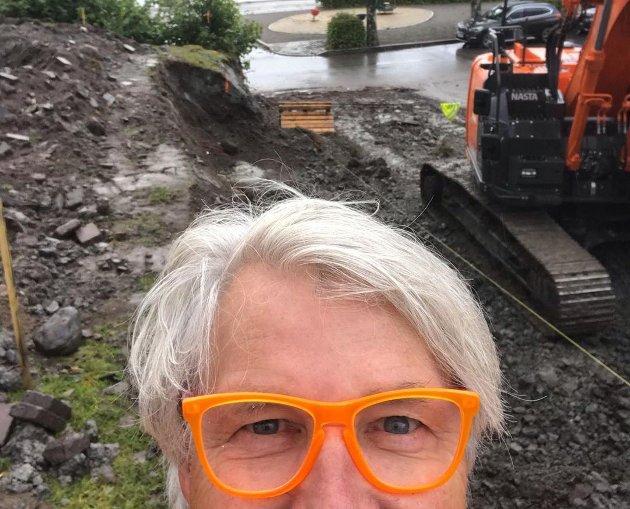 – Det har vært en travel måned med innspurt på flere hold. Drivhusprosjektet i Åsgårdstrand skjener i vei på sin egen måte, forteller Finn Schjøll.