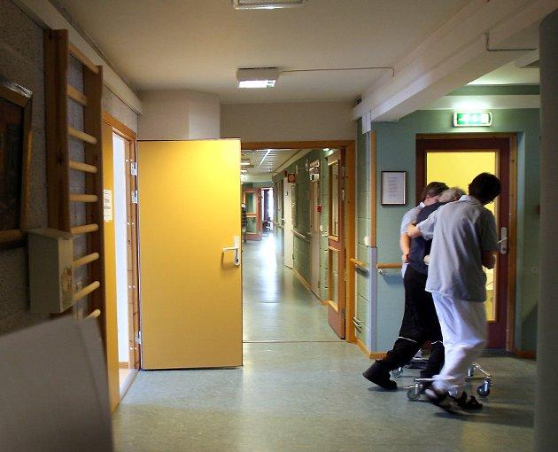 –Vi kommer til å mangle nesten 50 000 ansatte i helse- og omsorgssektoren innen 2035, skriver Ümmü Aylin cukurova, Ungdomstillitsvalgt - Fagforbundet Østfold.