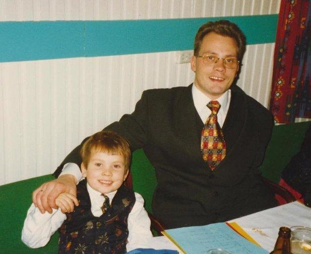 Artikkelforfatter Tarjei Jensen Bech og faren Skjalg Jensen.