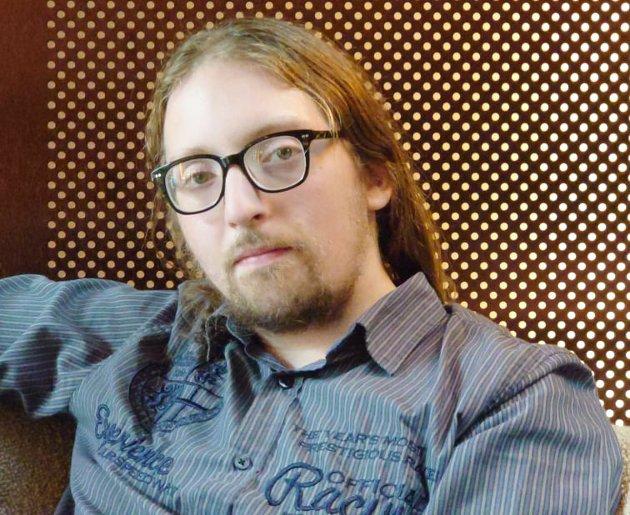– Jeg ser sjeldnere åpenhet om vanskelige temaer blant gutter, skriver Mikkel Sibe.
