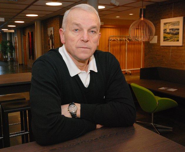 - Det å ikke utbetale rettmessig lønn til sine ansatte er meget alvorlig, skriver Geir Knutsen.