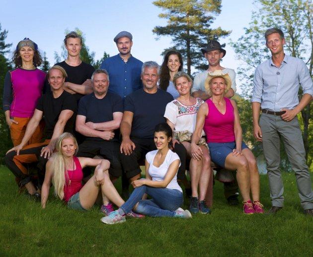 PÅ FARMEN:  Årets deltakere samlet til «Farmen kjendis» der Lothepus er en av dem som har gjort seg bemerket.