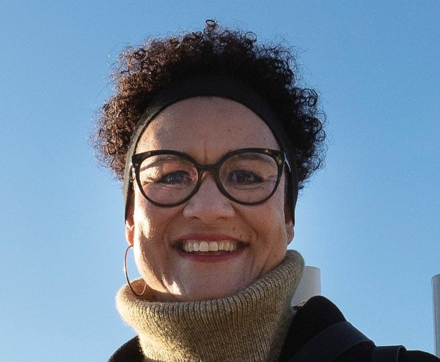 – Vi utdanner om lag 1.000 vernepleiere hvert år, mens det står tre ganger så mange på venteliste, skriver Gry Elizabeth Juvelid.