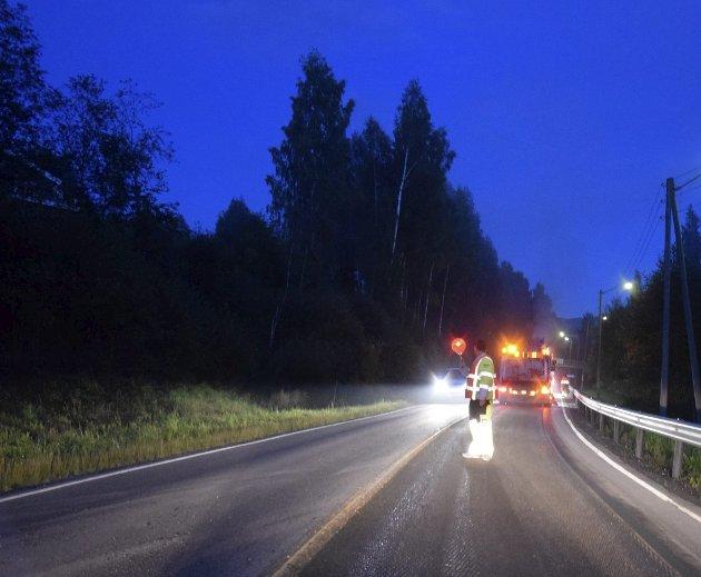 Asfalt: - Er det noen vits i å satse på asfalt, som uansett ødelegges etter hver vinter, spør Benito Fauvel i dette innlegget. Foto: Pål Tr. Mannsverk