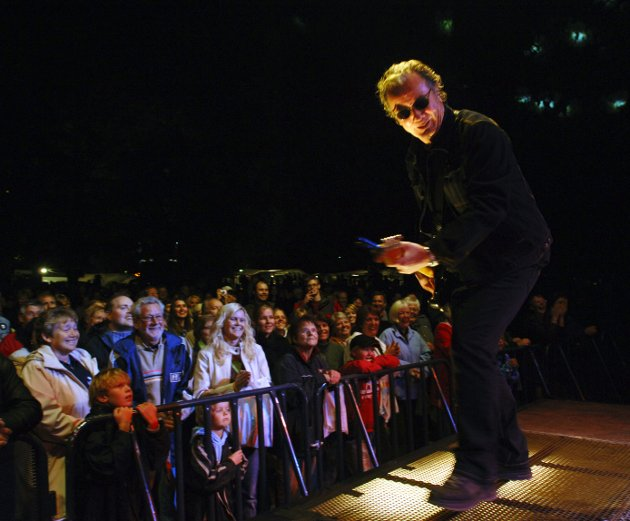 Åge Alexandersen og Sambandet med konsert på Gjøvik Marken