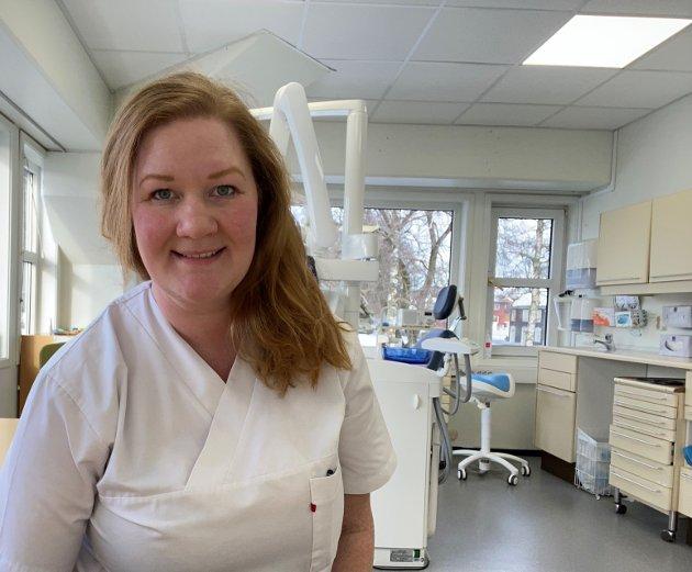 Anne Lise Fredlund, fylkesleder og førstekandidat, vil ha tannhelse inn under folketrygden.