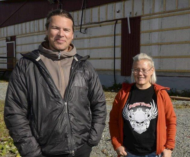 SAVN: Grete Tuven sammen med Nils Wikberg på ICA i Hemavan er blant de svenske bedriftene som rammes av stengte grenser. Arkivfoto