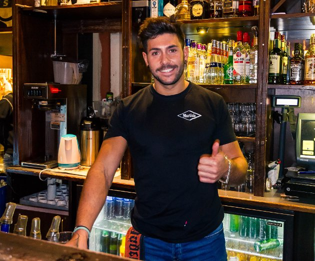 Lillestrøm, Martins: Bartender
