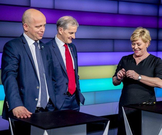 Trygve Slagsvold Vedum (Sp) og Jonas Gahr Støre (Ap) bør ikke ha hastverk etter at Siv Jensen (Frp) bestemte seg for å gå ut av regjeringen, men heller satse på skikkelig valgseier i 2021. FOTO: Stian Lysberg Solum, NTB