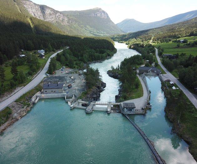 SVIK: Forslaget vil føre til et svik mot distrikts og vannkraftproduserende kommuner, skriver Bengt Fasteraune om å inndra vannkraftinntekter fra kommunene. Bildet gjelder utbyggingen i Nedre Otta.