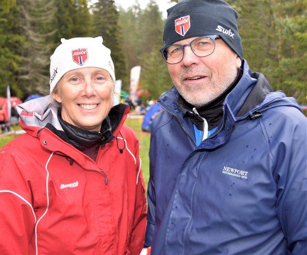 GAMMEL MESTER: Ikke rart Eikerløpet ble en sportslig fulltreffer. Her er tidligere verdensmester i orientering, Morten Berglia sammen med kona, Anne Line. Ekteparet satte egenhendig ut alle postene.