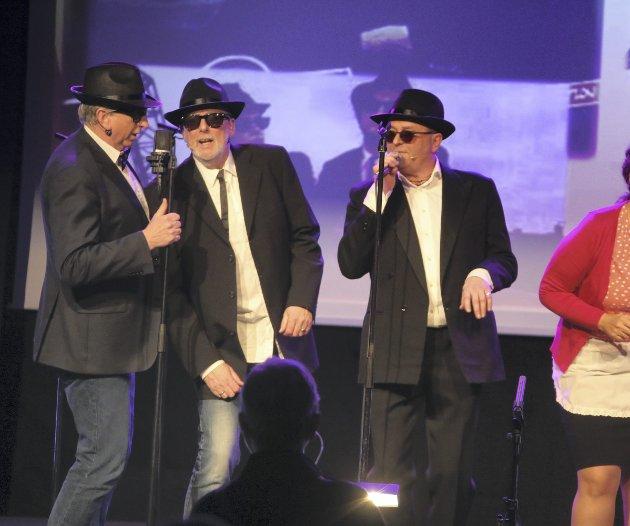 Det svinga skikkeleg over musikken frå «Blues Brothers»-filmen.