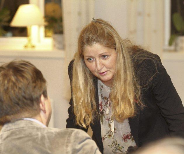 – Prøv deg som politiker: Oppfordring er klar fra Christina Berg (Ap) til de som mener så mye om alt.Foto: Pål Nordby