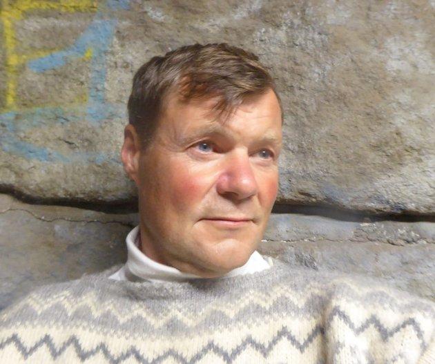 Simen Moe (54) har havnet utpå igjen, etter 35 år uten avhengigheten.