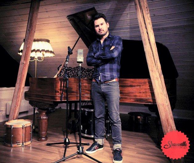 SKOGBYGDNING: Henrik Maarud, musiker fra Skogbygda.