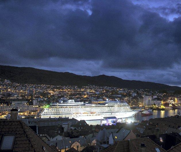Kulturen i havne-Norge er moden for fornyelse, skriver Jan Erik Kjerpeset. Arkivfoto av cruiseskipet Viking Star.