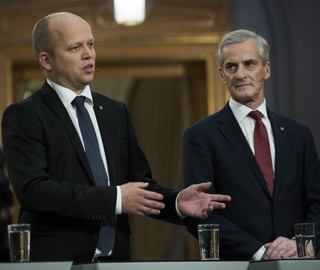 TRONSKIFTE: Trygve Slagsvold Vedums Sp er for første gang større enn Jonas Gahr Støres Ap i Oppland.