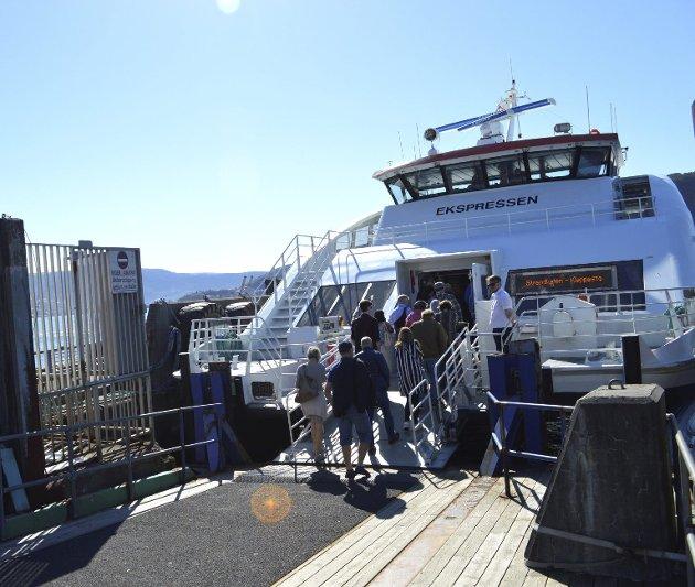Båtforbindelse: Askøyværingene kommer mye enklere til byen med båt. Sotra trenger enda mer et slikt tilbud.foto: Tom r. hjertholm