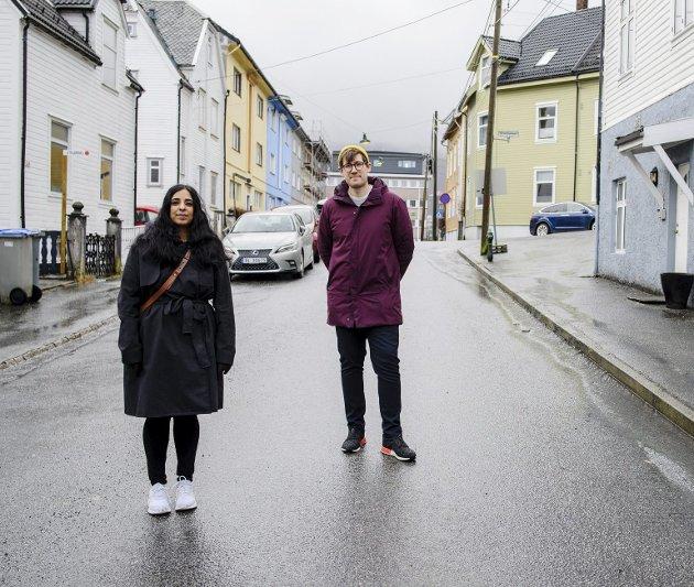 Sosialbyråd Lubna Jaffery (Ap) og miljøbyråd  Thor Haakon Bakke (Miljøpartiet) har planer for å bedre levekårene på Løvstakksiden. Mange sosiale tiltak kan hjelpe mye mer enn å fjerne parkeringsplasser.foto: rune johansen