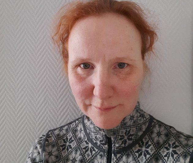 Ann Kristin Buchholdt reagerer på den stengte kantina ved Levanger bo- og aktivitetssenter.