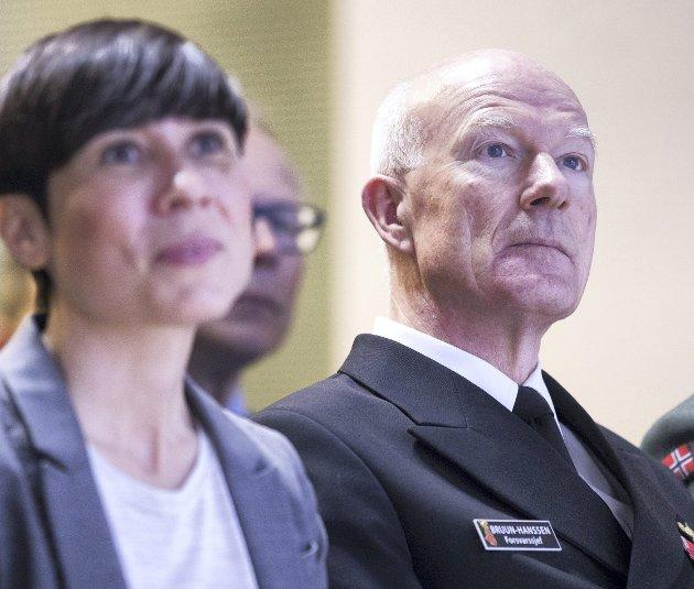 Minister Ine Eriksen Søreide advares i «hemmelig» rapport fra Haakon Bruun-Hanssen.