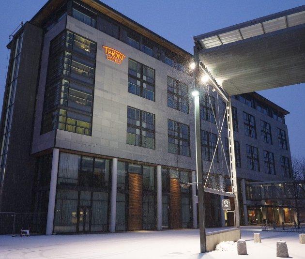 MESSEHOTELLET: Thon hotell Arena åpnet dørene i 2002 og ligger vegg i vegg med Norges Varemesse.