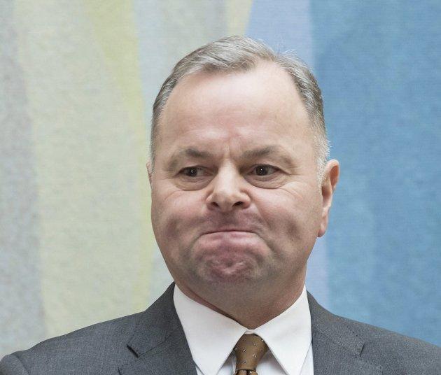 MÅTTE TREKKE SEG: Stortingspresident Olemic Thommessen måtte torsdag trekke seg, grunnet byggeskandalen ved Stortinget.
