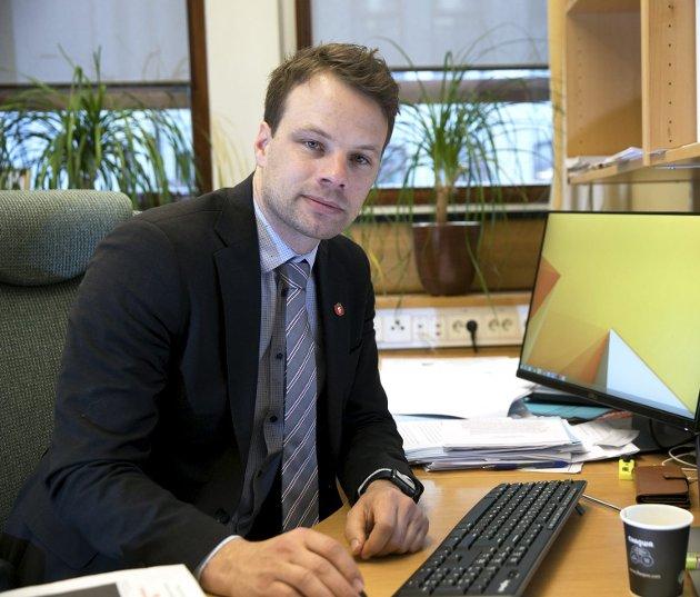 Jon Engen-Helgheim, Frps innvandringspolitiske talsperson, har et svært avslappet forhold til menneskerettigheter. Når de ikke passer med hans synpunkter, bryr han seg ganske enkelt ikke om dem.FOTO: NTB SCANPIX