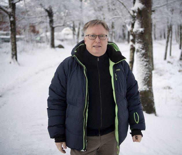 Tord Moltumyr er tillitsvalgt for LSA-medlemmene i gamle Hordaland. I et varsel forteller han at kommuneoverleger i Vestland fikk ikke avviklet vanlig ferie i 2020, og har jobbet så mye at de nå rapporterer om helseproblemer. Foto: Arne Ristesund