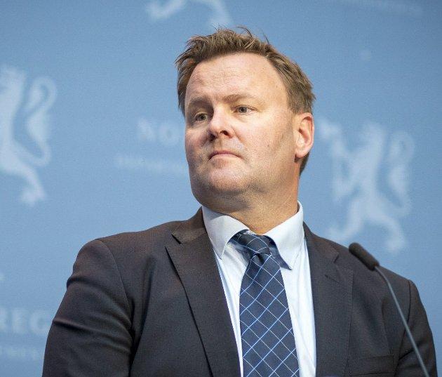 Assisterende helsedirektør Espen Rostrup Nakstad skryter av Bergen, og oppfordrer innbyggere og myndigheter til å fortsette som vi har gjort så langt under korona-pandemien. Arkivfoto: Heiko Junge/ NTB