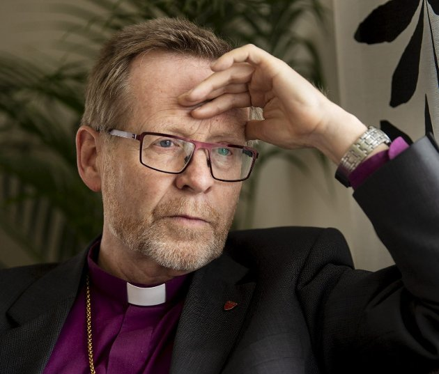 Biskop Halvor Nordhaug må innse at Bjørgvin bispedømme gjør det svært dårlig. Et nødvendig skritt kan være å ikke lenger ansette prester som nekter å samarbeide med kvinnelige om for eksempel nattverd. Arkivfoto: Eirik Hagesæter
