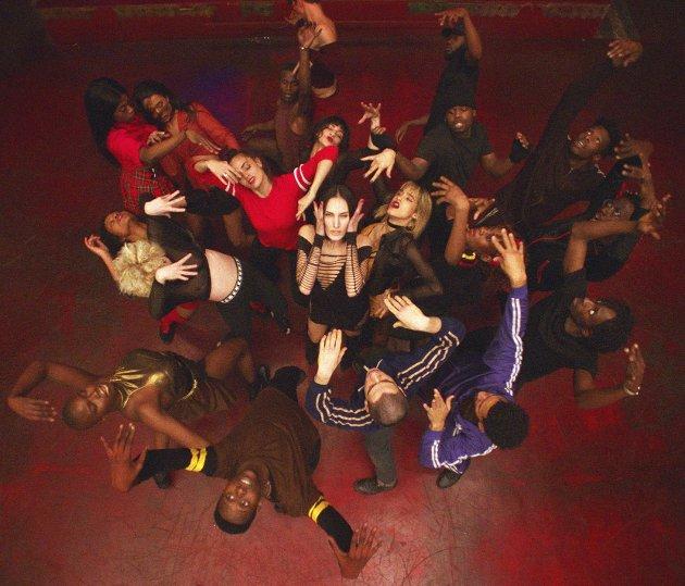 Toppdansere: Regissør Gaspar Noé har plukket dansere fra øverste hylle til «Climax». Men de gir også troverdige fremstillinger av hemningsløs villskap. foto:  another world entertainment