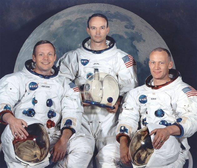 STJERNELAGET: NASAs offisielle portrett av mannskapet på Apollo 11. F.v. Neil Armstrong (fartøysjef), Michael Collins (pilot i kommandoseksjonen) og Edwin «Buzz» Aldrin jr. (pilot i månelanderen).
